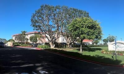 Crestridge Senior Condominiums (ZON201200067) with club house, 1