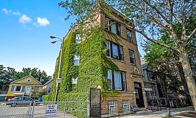 Building, 1143 W Waveland Ave, 2