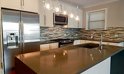Kitchen, 4235 S Calumet Ave, 1