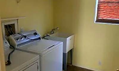 Kitchen, 3436 Silver Saddle Dr, 2