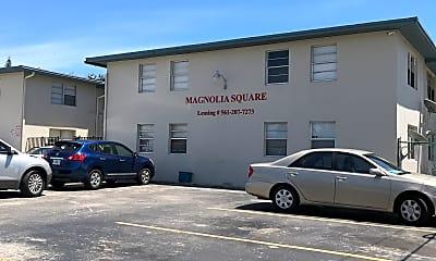Magnolia Square, 1