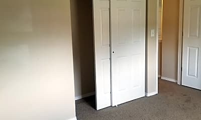 Bedroom, 3100 Castlevale Rd, 2