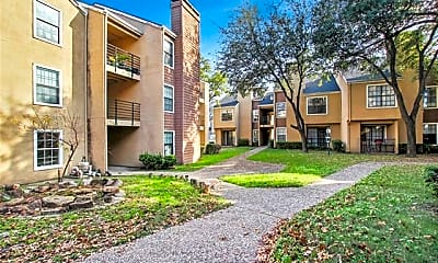 Building, 9920 Forest Ln 215, 0