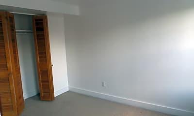 Bedroom, 112 Scott St, 2