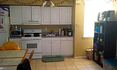 Kitchen, 1430 Jackson St 2ND, 1