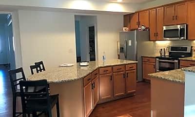 Kitchen, 2013 Oakmere Rd, 1