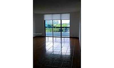 Living Room, 3605 N Country Club Dr, 1