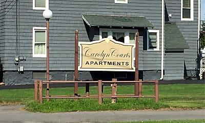 Carolyn Courts Apartments, 1