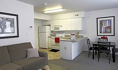 Carriage House Townhomes, 1