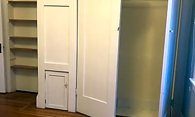 Bedroom, 2639 College Ave, 2