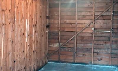 Patio / Deck, 346 E Arcade St, 2