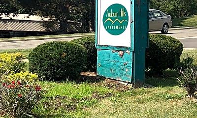 Auburn Hills, 1