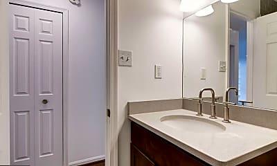 Bathroom, 2138 California St NW 402, 2