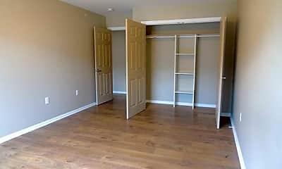 Bedroom, 235 Dayton Ave 5, 2