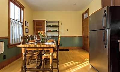 Dining Room, 2216 W Palmer St, 2