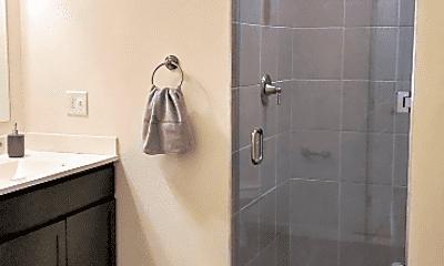 Bathroom, 1 Broadway, 2
