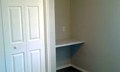 Bedroom, 1415 N Cedar Blvd, 2