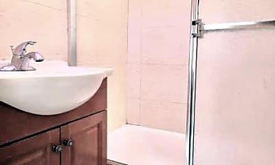 Bathroom, 46 Eldridge St, 2