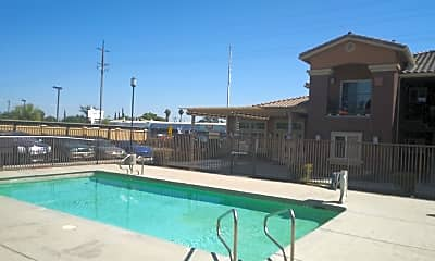 Sierra Vista Apartments, 2