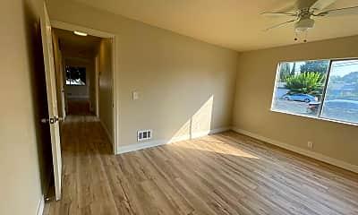 Living Room, 134 Washington St, 2