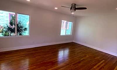 Living Room, 3425 33rd St, 1