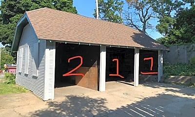 Building, 311 Franklin St SE, 2