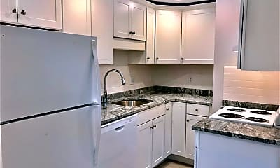 Kitchen, 70 Broadway, 2