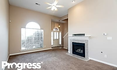 Living Room, 10243 Hamilton View Dr, 1