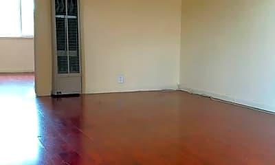 Living Room, 2752 Kollmar Dr, 1