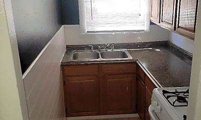 Kitchen, 100 Sterry St, 1