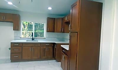 Kitchen, 2755 Dow St, 0