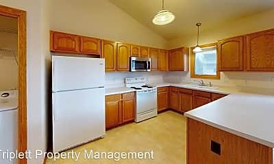 Kitchen, 2417 E Glenwood Dr, 1