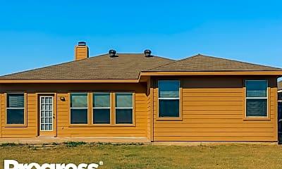 Building, 1004 McKavett Dr, 2