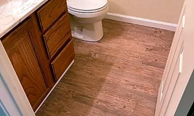 Bathroom, 2317 Quail Meadow Dr, 2