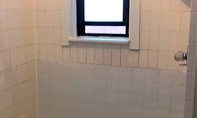 Bathroom, 3401 Park Ave, 2