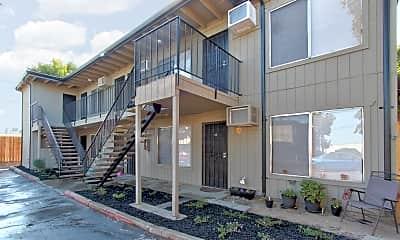 Building, 638 Hale Road, 1