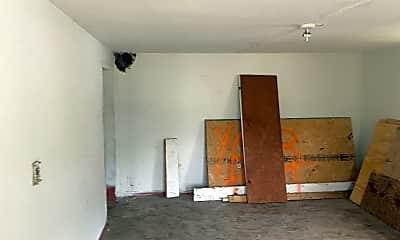 Living Room, 111 Jackson St, 2