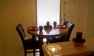Dining Room, 9117 SW 72nd Ave, 1