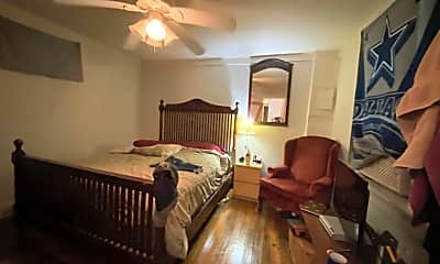 Bedroom, 79 Nassau St, 2