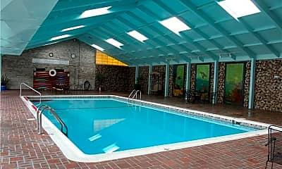 Pool, 2160 Greentree Rd 708W, 2