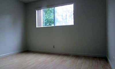 Bedroom, 3320 Belmont Ave, 2