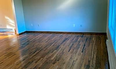 Living Room, 521 NE 113th Ave, 1