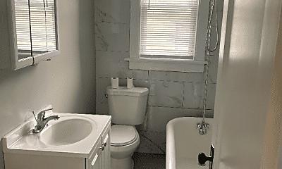 Bathroom, 437 E 25th St, 2