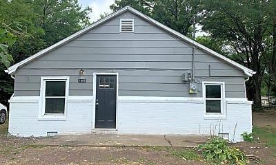 Building, 1803 N Hillcrest Ave, 1