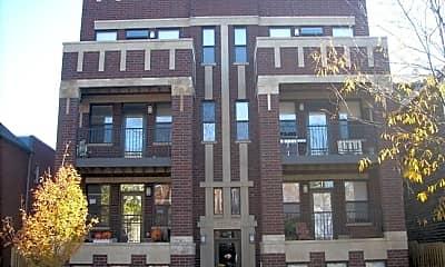 Building, 3229 N Kenmore Ave, 0