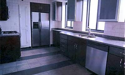 Kitchen, Penthouse of Royal York, 1