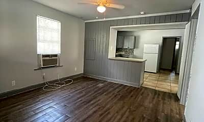 Living Room, 521 W Robson St, 1