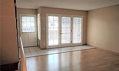 Living Room, 240 S Broadway 10, 1