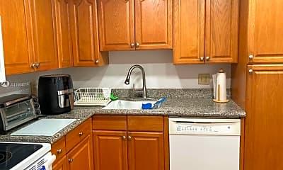 Kitchen, 4261 W Palm Aire Dr 208, 0