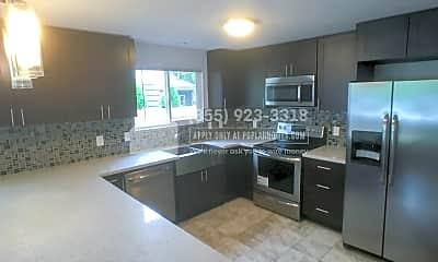 Kitchen, 2833 E Arthur Pl, 0